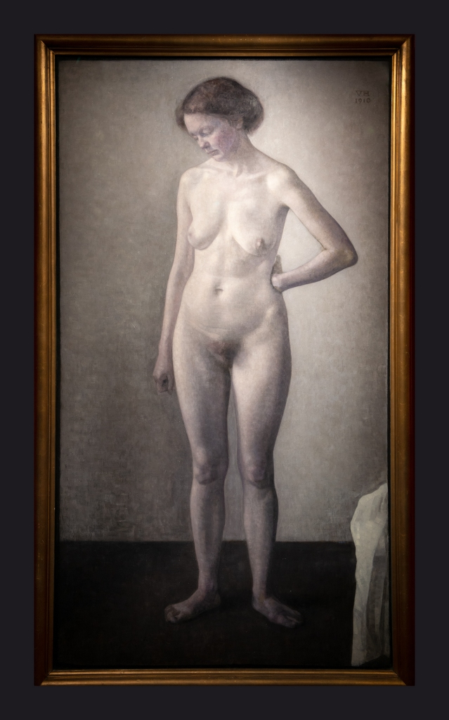 18 1910, Female Nude by Leslie Hossack
